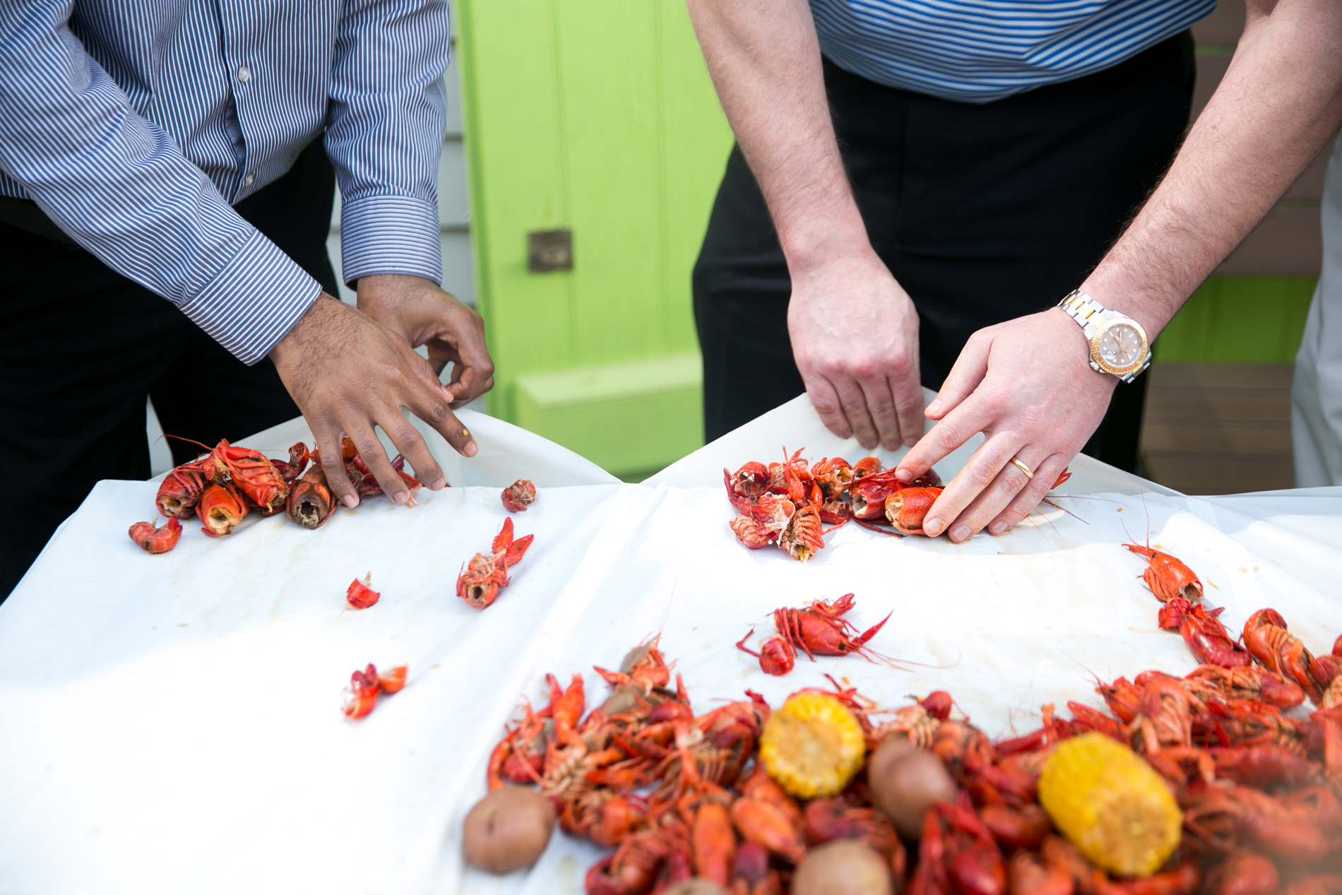 Krawdaddy Kloth - Crawfish Boil Cleaning The Table